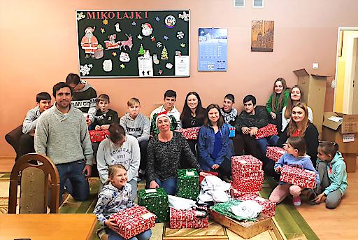 Die Kinder des Kinderheims in Kraśnik freuten sich sehr über die liebevoll zusammengestellten Weihnachtsgeschenke der myWorld Mitarbeiter.