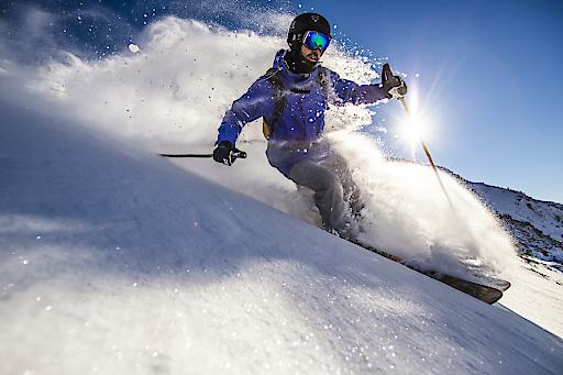 Obertauern, Schladming, Stuhleck ..., alle Bring mich-Skigebiete melden tiefverschneite Landschaften, perfekte Pisten und vor allem lawinensicheres Skifahren innerhalb der Markierungen.