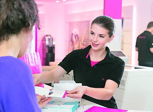 T-Mobile Austria sucht jedes Jahr rund 37 engagierte junge Menschen, die eine Ausbildung zum Einzelhandelskauffrau/-mann mit Schwerpunkt Telekommunikation und zum Bürokauffrau/-mann beginnen möchten. Ab sofort können sich Interessierte für Lehrstellen in ganz Österreich bewerben.