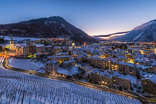Chur mit Blick auf Stadt und Altstadt im Winter