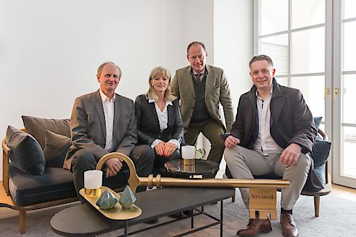 Im Bild (v.l.n.r.) sitzend: Erwin Preiner, Elisabeth Böhm, Erwin Soravia, Alexander Petschnig