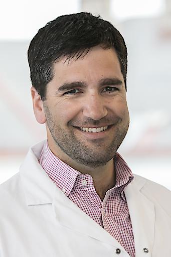 Oberarzt Dr. Stefan Buchleitner,Orthopäde an der II. Orthopädischen Abteilung des Herz-Jesu Krankenhauses