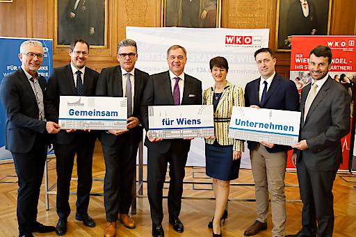 Davor Sertic, Rainer Trefelik, Martin Heimhilcher, Walter Ruck, Maria Smodics-Neumann, Markus Grießler und Stefan Ehrlich-Adám (v.li.)