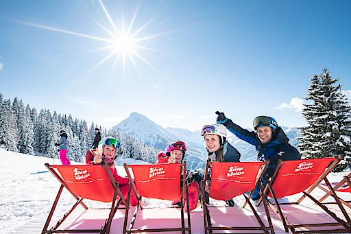 """Die attraktiven """"Sonnenskilauf-Specials"""" laden zum entspannten Saisonende in die Salzburger Sportwelt"""