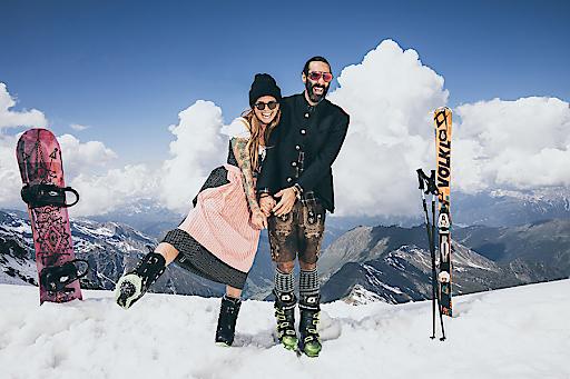 Von 1. bis 7. April 2019 gibt es gemäß dem Motto 3+1 an vier aufeinanderfolgenden Tagen den vierten Zillertal Arena Tagesskipass gratis! Einzige Voraussetzung: Das Skifahren in Tracht.