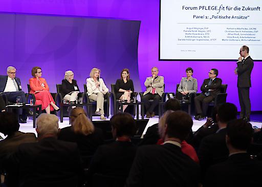 """Diskussion der Klubobleute im Rahmen der Veranstaltung """"PFLEGE.fit für die Zukunft"""""""