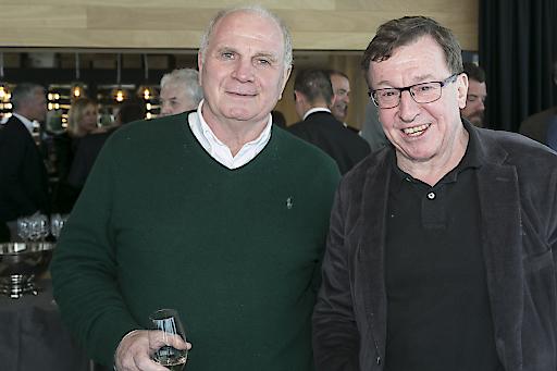Uli Hoeneß (l.), Präsident des FC Bayern München mit Gastgeber Jakob Falkner, Geschäftsführer der Bergbahnen Sölden (r.).