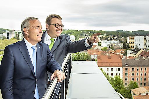 Christian Purrer und Martin Graf (re.) legen Erfolgsbilanz 2018 für Energie Steiermark vor
