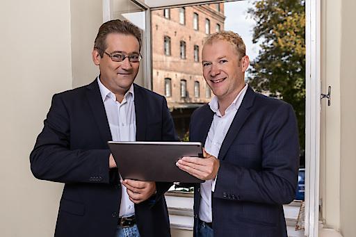 Helmut DIETLER (links im Bild) verbleibt als Alleinvorstand, Thomas GELL (rechts im Bild) verlässt das Unternehmen auf eigenen Wunsch