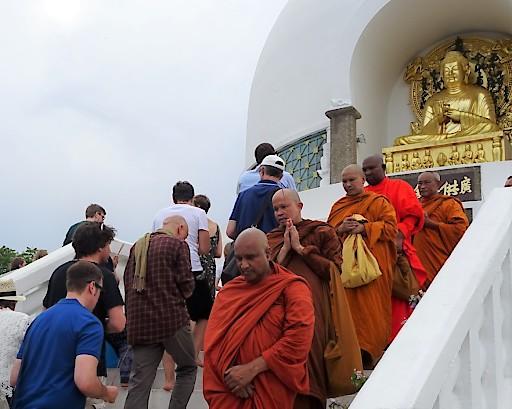 Buddhisten weltweit feiern im Mai ihr bedeutendstes Fest: Vesakh!