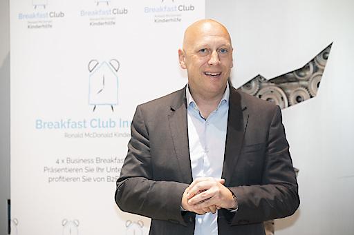 Robert Schedl, Vorstand der Ronald McDonald Kinderhilfe, beim Breakfast Club in Innsbruck