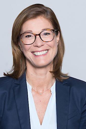 Claudia Hajdinyak (Head of Corporate Communications)