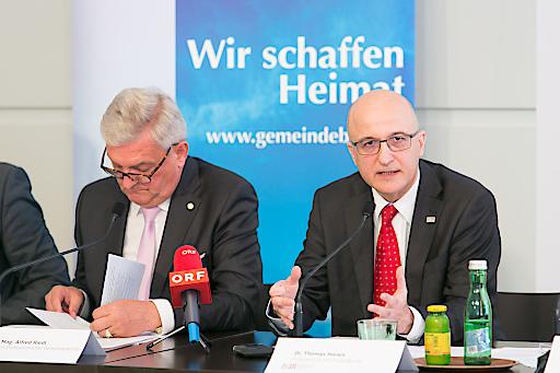 li Bgm. Mag. Alfred Riedl, Gemeindebundpräsident re Dr. Thomas Horejs, BUKO Präsident