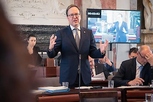 Tiroler NEOS bringen dringliche Anträge zur Transparenz im kommenden Landtag ein