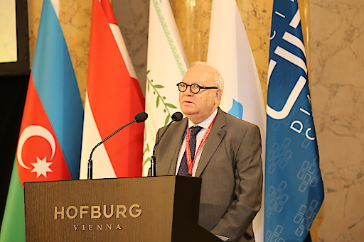 """Konferenz """"Von der interreligiösen und gesellschaftsübergreifenden Zusammenarbeit zur menschlichen Solidarität"""""""