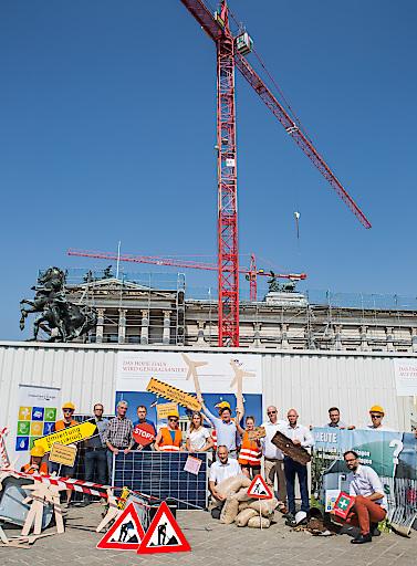 PK vor dem Parlament zur Baustelle Klimapolitik