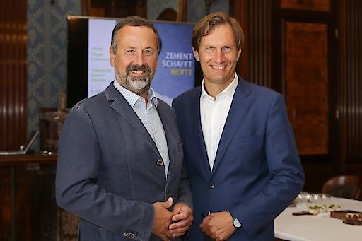 v.l.n.r. Rudolf Zrost, Vorstandsvorsitzender VÖZ, und Sebastian Spaun, Geschäftsführer VÖZ