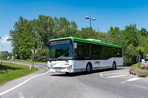 Entlang der 200er Regionalbuslinien des VOR reiht sich ein Erlebnis nach dem anderen, und das im Stunden- oder gar Halbstundentakt.