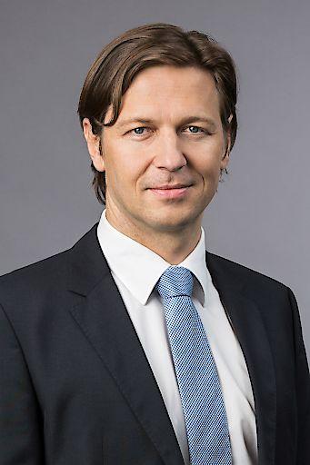 Alexander Riavitz, Partner bei PwC Österreich