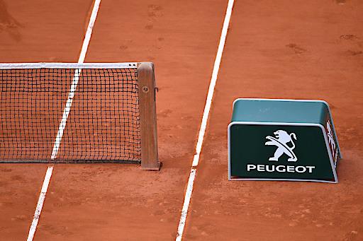 PEUGEOT beim TENNIS - Feature