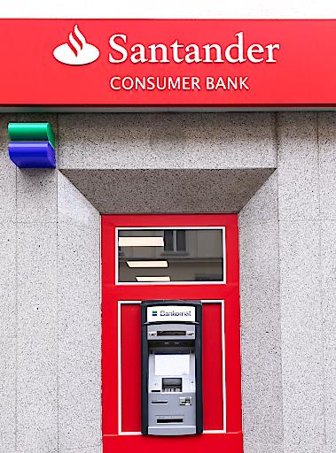 Santander- & DenizBank-Bankomat