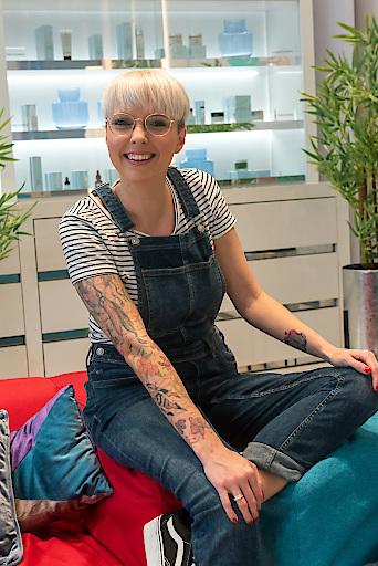Meli Burkard (Waxing-Expertin und Kosmetikerin) gehört zu den Experten von Team Beauty.