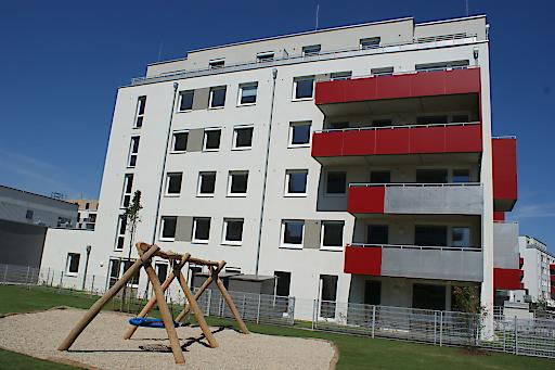 Wohnhausanlage Schwechat, Brauhausstraße