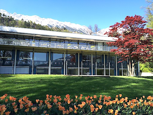 """Bereits zum dritten Mal in Folge scheint das MCI-Masterstudium """"Entrepreneurship & Tourismus"""" im renommierten Worldwide Ranking von EDUNIVERSAL auf."""