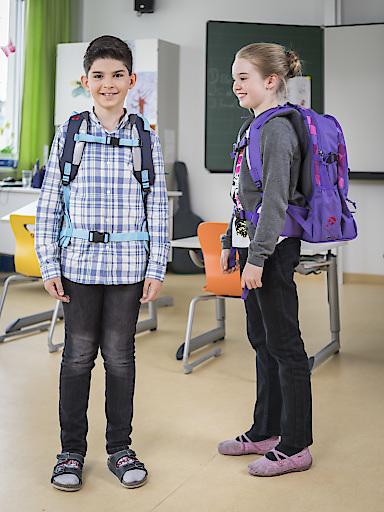 Schultasche richtig tragen