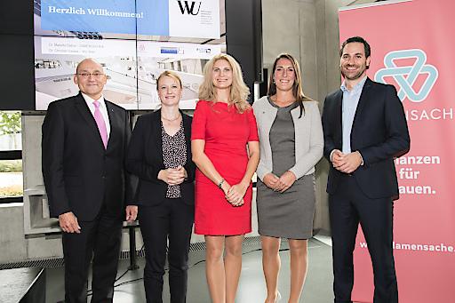 https://www.apa-fotoservice.at/galerie/20228 Im Bild v.l.n.r.: Alexander Neubauer (Leiter Partnervertrieb, Helvetia AG), Petra Schuh-Wendl (Head of Women Edition bei Finum Private Finance), Dr. Marietta Babos (Gründerin und Geschäftsführerin DAMENSACHE), Sandra Oehler (Vorsorgeexperte UNIQA AG), Dr. Christian Garaus (Professor der Wirtschaftsuniversität Wien)