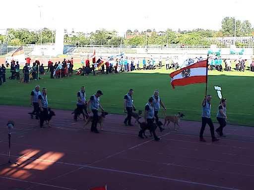 Einzug des Teams bei der feierlichen Eröffnung der WM-
