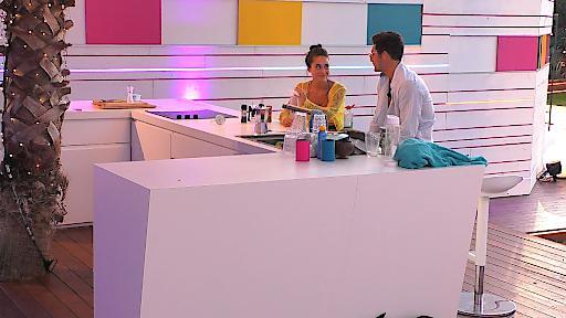 """Melissa und Danilo weiter geht´s. Weiterer Text über ots und www.presseportal.de/nr/6605 / Die Verwendung dieses Bildes ist für redaktionelle Zwecke honorarfrei. Veröffentlichung bitte unter Quellenangabe: """"obs/RTL II"""""""
