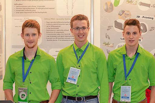 Tobias Schauer, Andreas Ladner und Noah Scheiring vom Jugend Innovativ-Projektteam Diffrec PRO haben mit ihrem Differenzialflaschenzug die Jury beim EUCYS in Bulgarien begeistert.