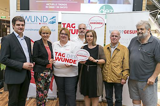 """https://www.apa-fotoservice.at/galerie/20287 Der """"Tag der Wunde"""" 2019 im DEZ in Innsbruck"""