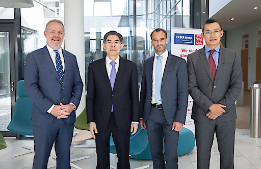 von links nach rechts: Jan Vanbrabant, PhD (Chairman des ERBER Group Executive Board), Wang Lingjun (Vizeminister der allgemeinen Zollverwaltung Chinas), Dr. Kurt Brunner (Division Research Officer ROMER LABS), Jack An (Managing Director BIOMIN China).