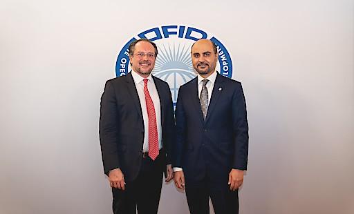 Generaldirektor des OPEC-Fonds für Internationale Entwicklung, Dr. Abdulhamid Alkhalifa, und der Österreichische Bundesminister für Europa, Integration und Äußeres, Dr. Alexander Schallenberg