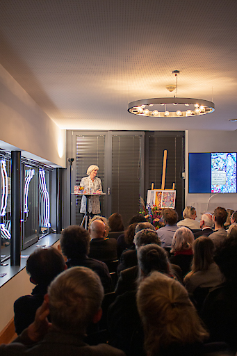 Ein Denkmal in Worten: Margret Greiners neue Romanbiografie über das Wiener-Werkstätte-Testimonial Friederike Maria Beer-Monti