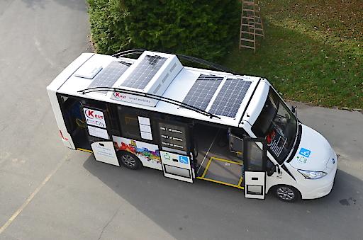 Elektrobus mit Solar Range Extender
