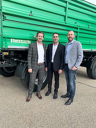 Vereint will man das Traditionsunternehmen weiterentwickeln und freut sich auf die Zusammenarbeit. Im Bild: Dietmar Gstrein, Markus Schoder und Clemens Gapp