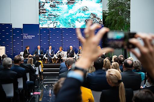 """Erstes ÖBAG-Forum unter dem Titel """"Der Aufsichtsrat in der Praxis"""", CEOs im Talk: Im Rahmen einer Paneldiskussion setzten sich die CEOs der ÖBAG-Beteiligungen mit dem Thema """"Der Staat als nachhaltiger Investor"""" auseinander."""