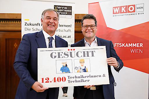 WKW-Präsident Walter Ruck (li.) und Bildungsstadtrat Jürgen Czernohorszky.