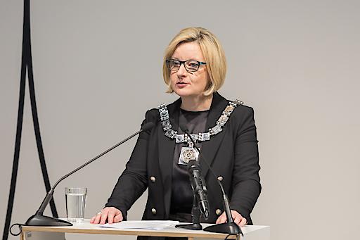 Rektorin Brigitte Hütter bei ihrer Inaugurationsrede