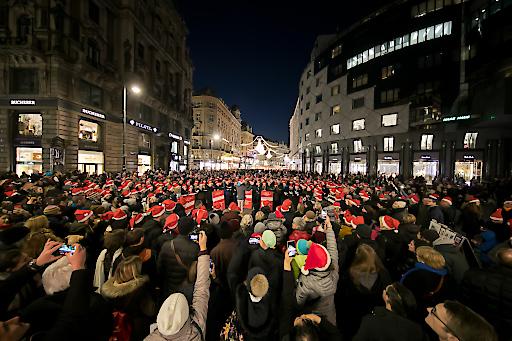 Auch heuer sind wieder alle Besucher der Wiener Innenstadt zum Mitsingen eingeladen.