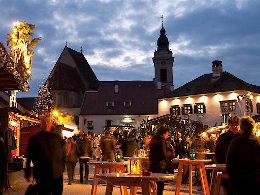 Die Ruster Innenstadt verzaubert die Besucher mit einem vielfältigen Programm.