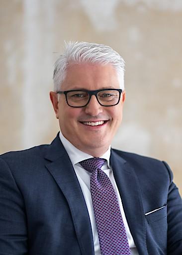 Carlo Crosetto folgt Willy Van Riet als Wienerberger CFO nach