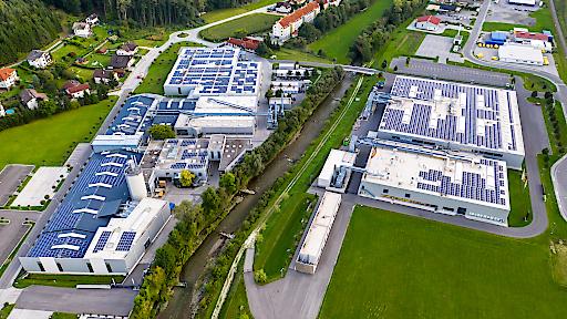 Niederösterreichs größtes Photovoltaik-Eigenverbrauchskraftwerk befindet sich derzeit in Thomasberg (Bezirk Neunkirchen).