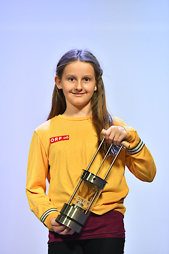 """Die 11-jährige Victoria Kampenhuber aus Enns holt heuer das """"ORF-Friedenslicht aus Bethlehem""""."""