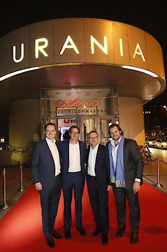 Andreas Perotti (Marketing Director FACC), Michael Eder (GF krone.at), Robert Machtlinger (CEO FACC), Lorenz Edtmayer (DIAMIR-Gründer)