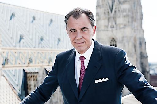 """Das neue Wiener Wohnmarktmagazin. Für Dr. Eugen Otto """"eine Liebeserklärung an eine Stadt, in der ich geboren bin und sehr gerne lebe und für die mein Unternehmen seit mehr als 60 Jahren tätig ist""""."""