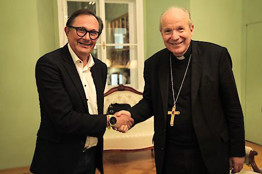 Gehard Klein, neuer Journalistischer Leiter der KMA mit Kardinal Schönborn.